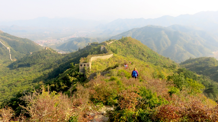 Hiking on unrepaired Great Wall at Huanghuacheng