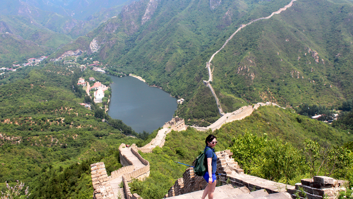 Hiking down the Great Wall to the Huanghuacheng Reservoir