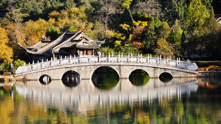 Lijiang's Black Dragon Pool park