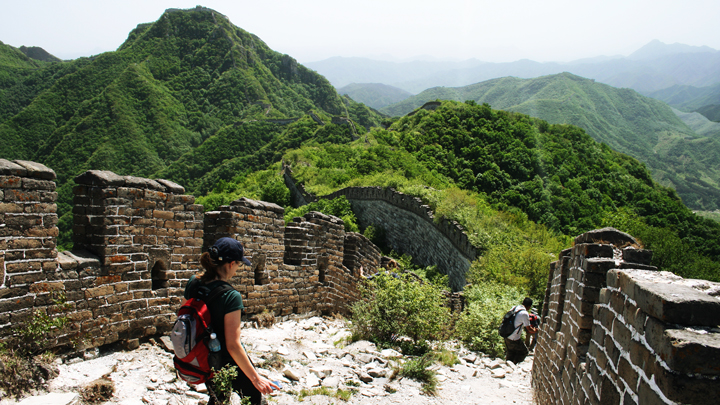 Rough 'wild' Great Wall on the Nine-Eyes Tower hike